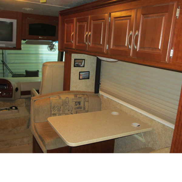 31′ Four Winds Hurricance 31D Motorhome #8
