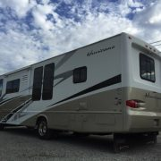 31′ Four Winds Hurricance 31H Motorhome #4